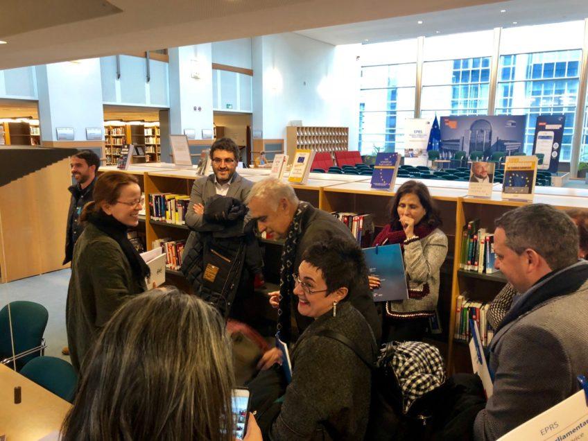 Grupo de Castropol en la biblioteca del Parlamento europeo