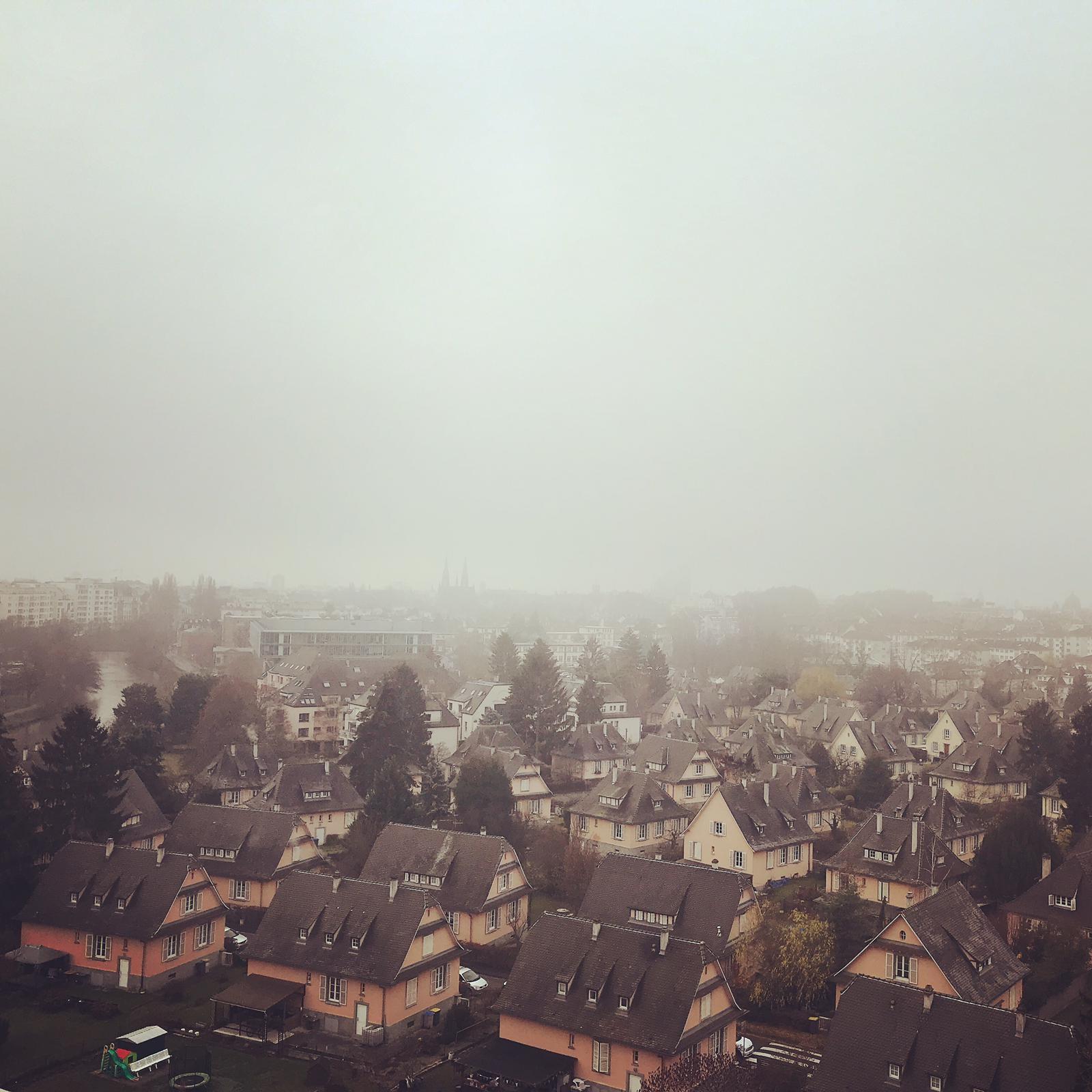 Foto de la cuidad de Estrasburgo nublado
