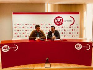 Jonás Fernández y Javier Fernández dando una rueda de prensa