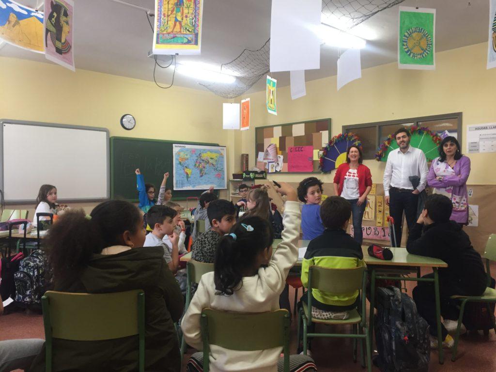 Jonás Fernández da una charla a los estudiantes
